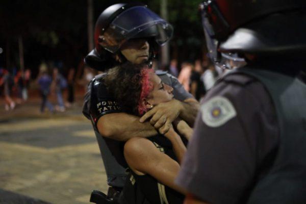 Violência policial tenta barrar a luta contra a tarifa no 3º ato em São Paulo